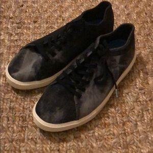 Men's native Monaco shoes size 9.5